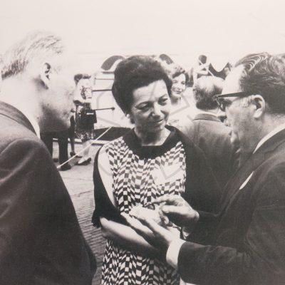 34. mednarodni kongres PEN leta 1966 v New Yorku – med udeleženci so bili Mira Mihelič, Matej Bor, Bogdan Pogačnik.