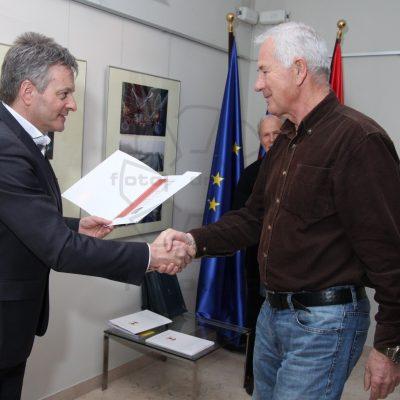 """3. nagrada za """"čebele"""" - Jasim Suljanović"""